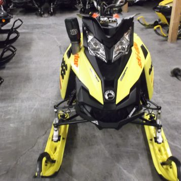 SKI DOO SUMMIT X T3 163PC 800 ETEC TURBO 2015 2